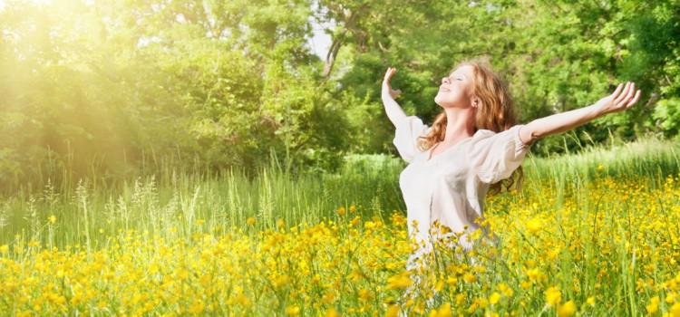 Trápí vás pylové alergie? Nezoufejte, jde to i bez chemie!